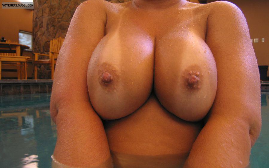 pool topless, nude at pool, pool naked, big tits, big boobs