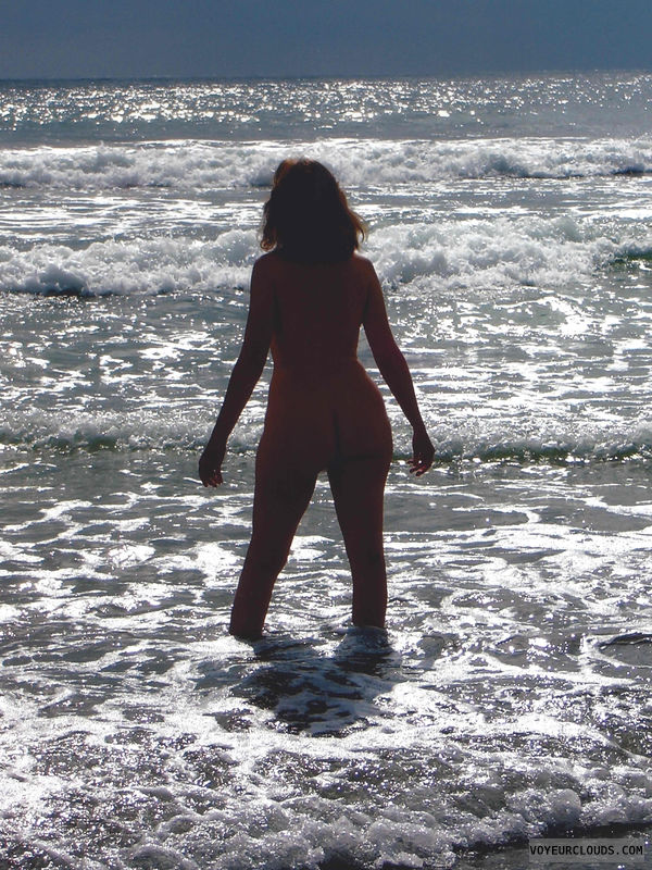 nude wife, nude beach, silhouette, ocean, waves, sea foam