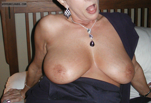 tits out, hard nipples, braless, big boobs