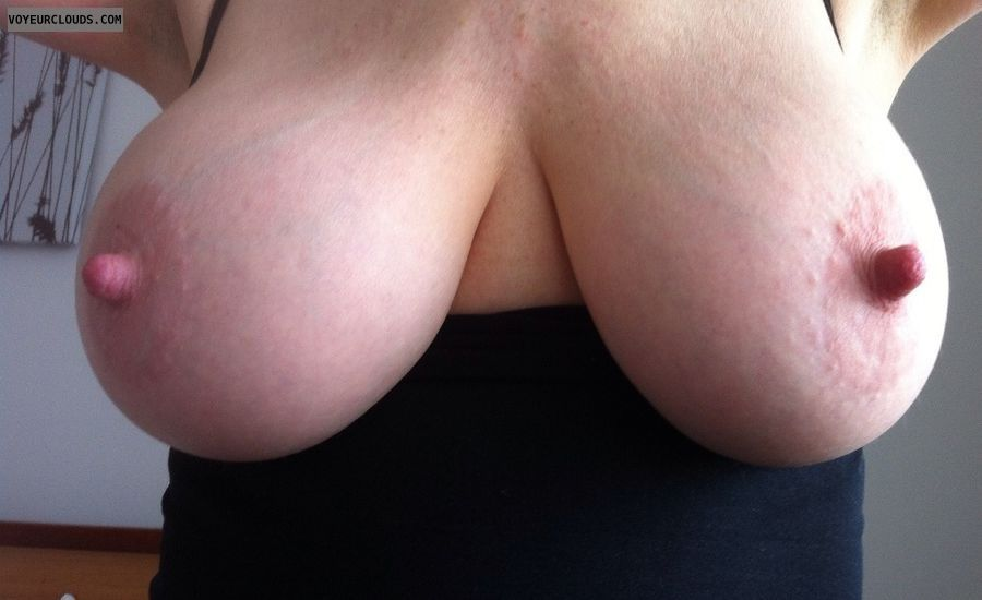 tits out, braless, big tits, DD\'s, erect nipples, big nipples