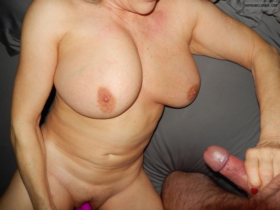hand job, masturbation, couple sex, Wife, lover, tits