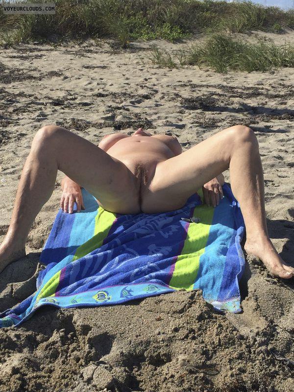 pussy, tits, spread, public beach