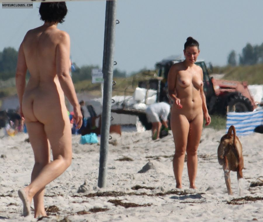 Nude women, round ass, hard nipples, pussy peek, shaved pussy