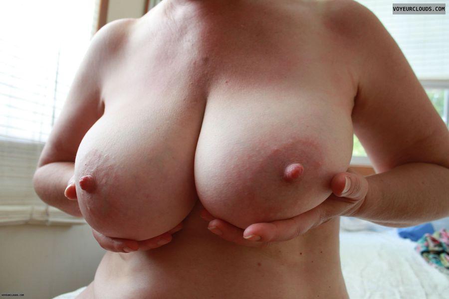 Big tits, E\'s, erect nipples, big nipples, milf