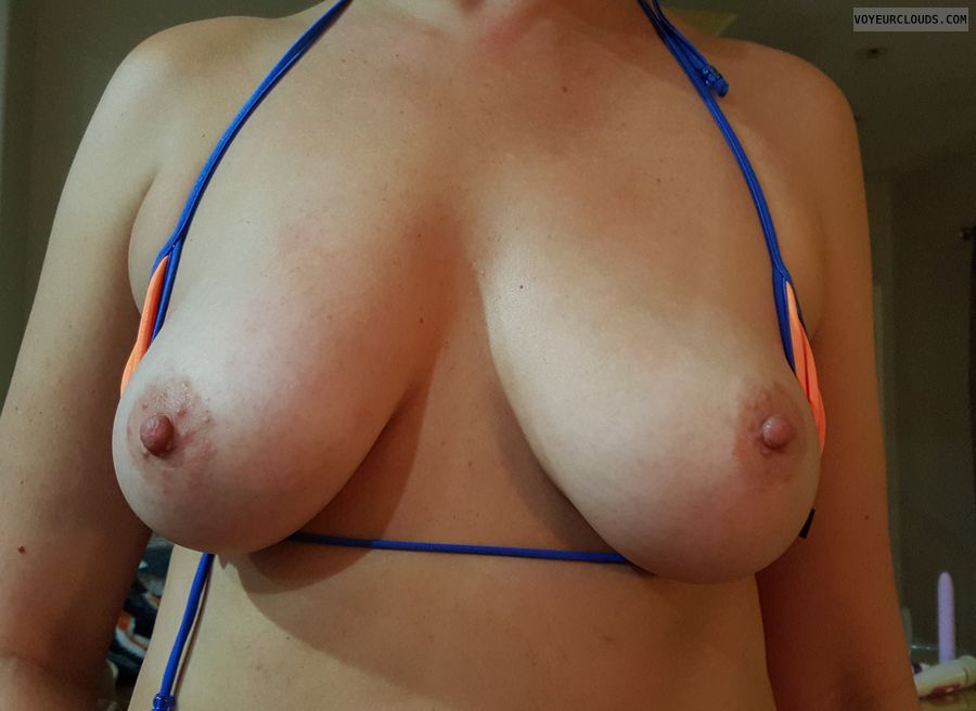 hard nipples, tits out, big tits