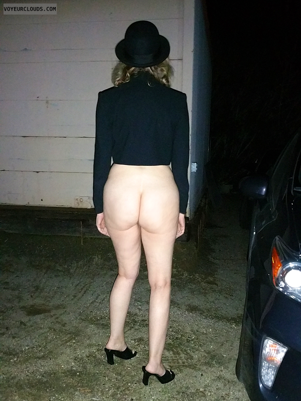Mardi Gras, Exhibitionist, Nude in Public, Nude Wife