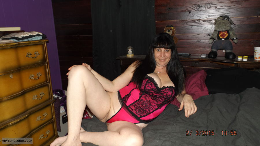 lingerie, spread, legs, smile, cleavage, wife, milf