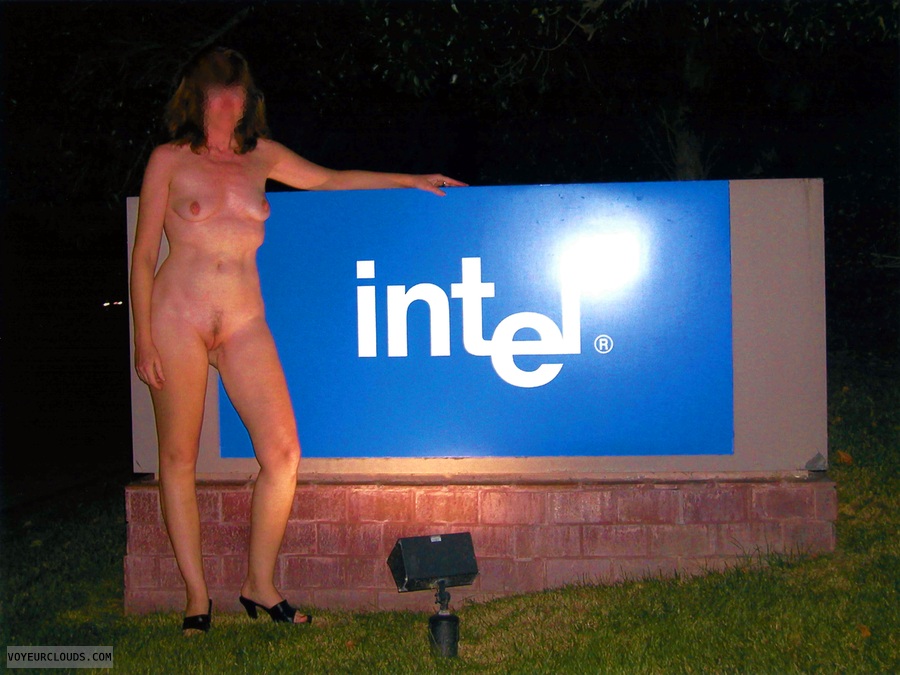 Exhibitionism, Nude in Public, Flashing, Intel, Business Park