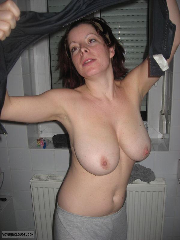 Non nude girl pic
