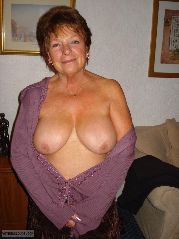 Big Mature Boobs Pics 101