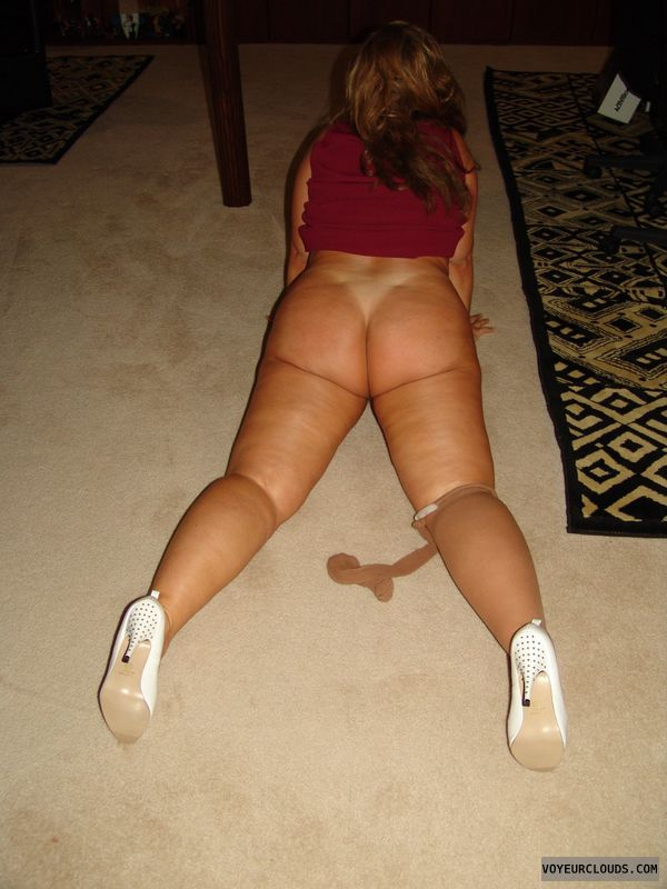 round ass, milf butt, bottomless, high heels, back view