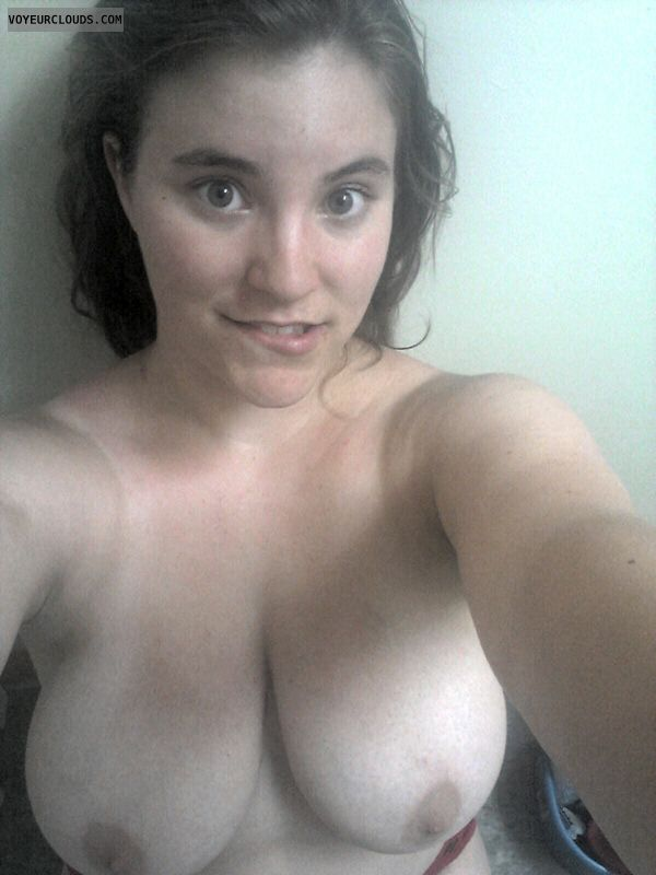 Pussy filled with cum