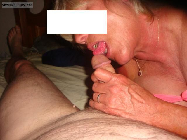 Cock licking, BJ, Mature Sex, MILF funtimes