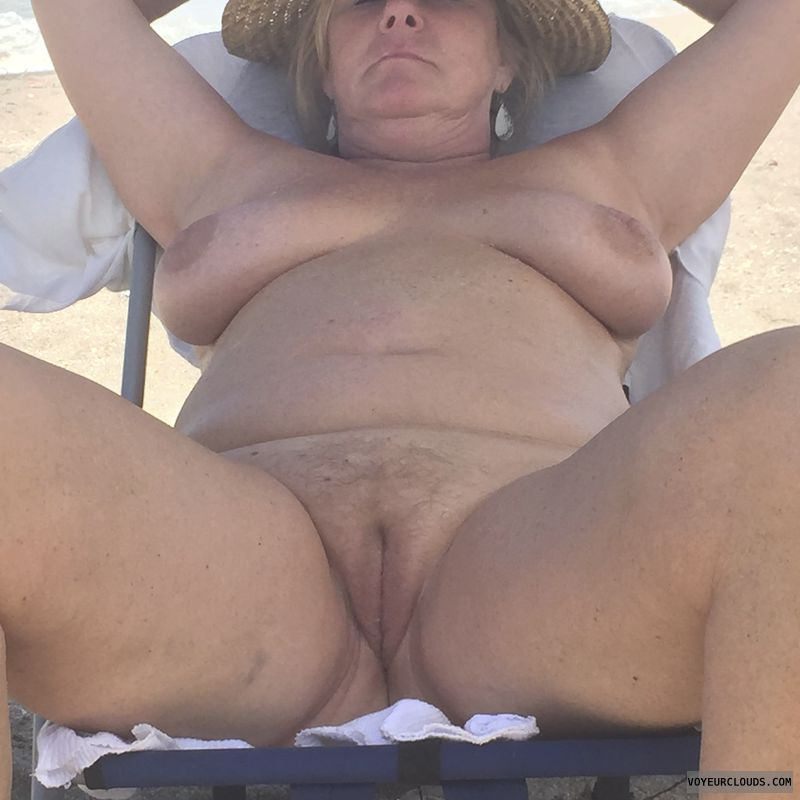 nipples, tits, pussy, spread, beach, nude