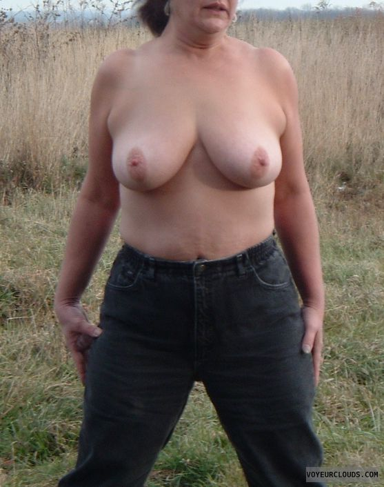 flashing tits, topless, hard nipples, big boobs