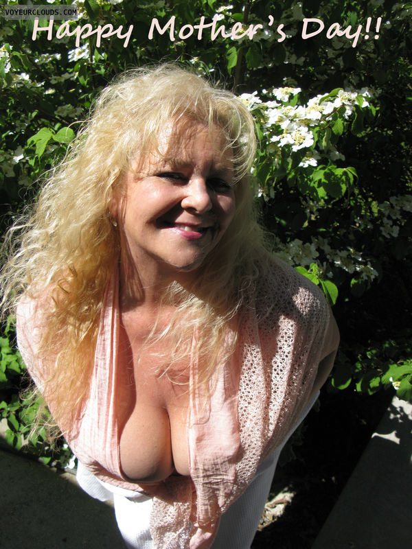 wife, blond, outdoors, mothers day, clevage, big tits