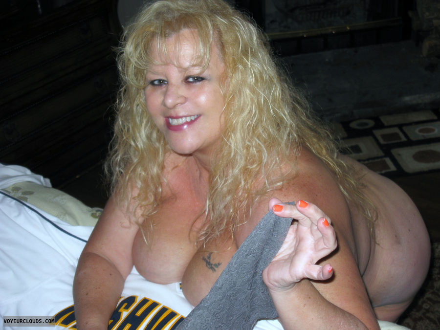 nude wife, blonde, big tits, milf, wife