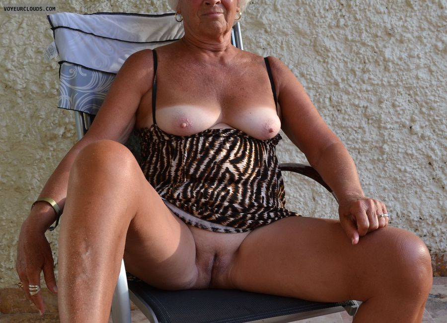 patio, exhibtion, tits, nipples, legs, pussy