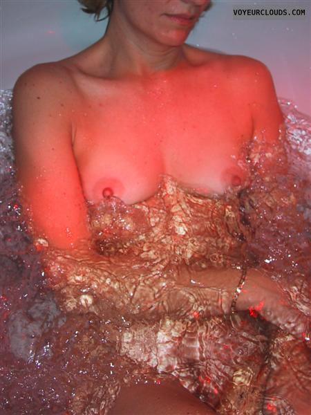 Breast, Nipples, Erect nipples