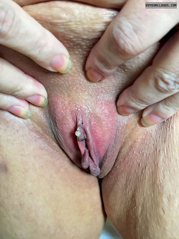 shaved pussy, spread pussy lips, pink pussy, clit