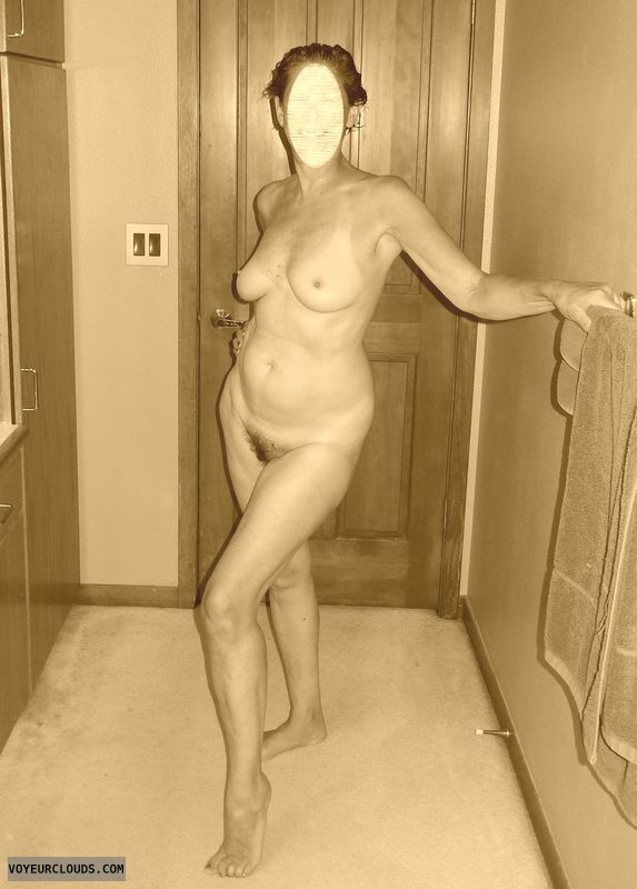 nude wife, milf, full frontal, hairy pussy