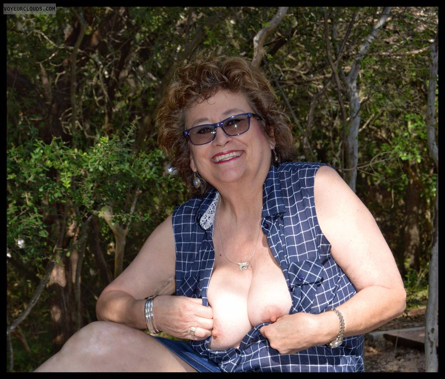 Big tits, braless, outdoors, exhibitionist, milf, sexy smile