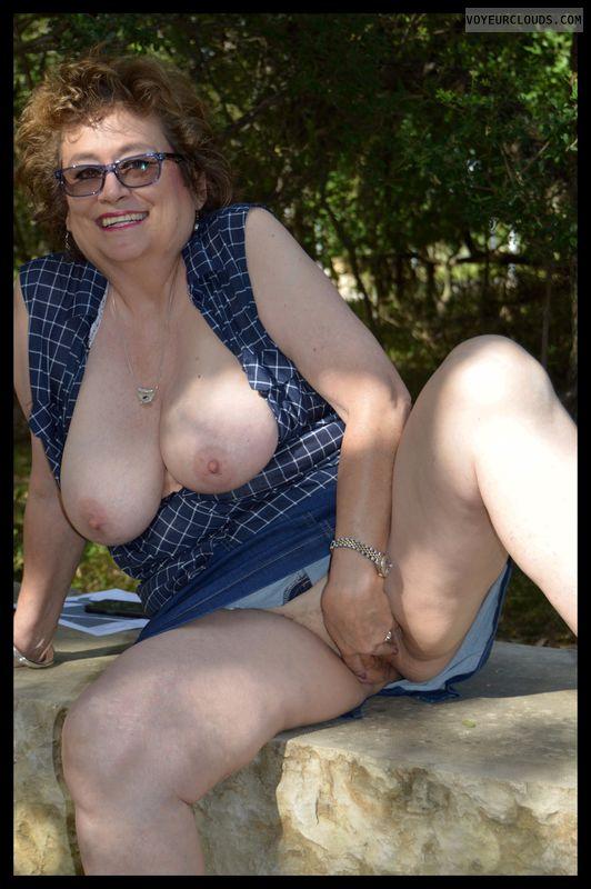 Shaved pussy, big tits, milf, no panties, braless