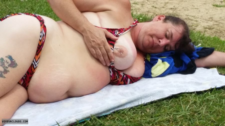 Titty flash beach, Titty flash, Titty, Tit, Big tit