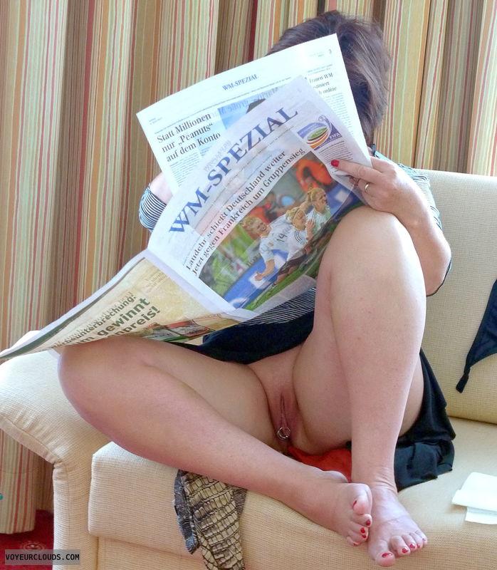 upskirt, open legs