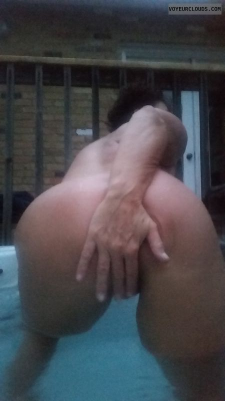 Sexy GILF ass, Pussy play, Hot tub fun