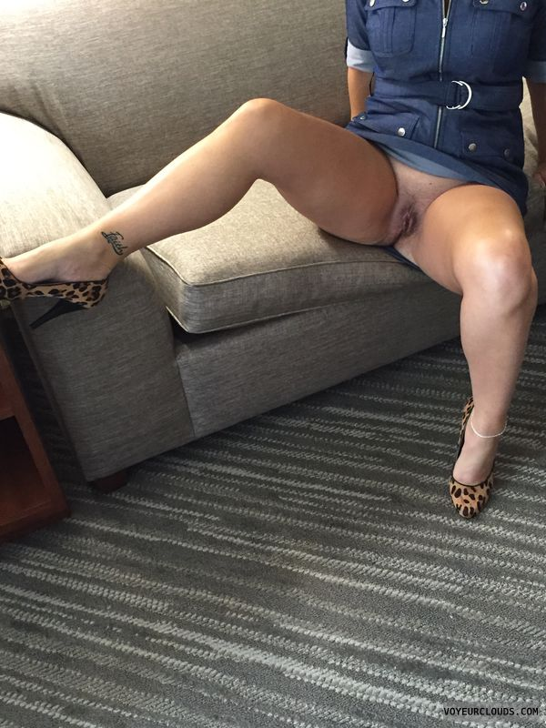 Milf, Spread, Legs, Heels, Pussy, Hotel, Tattoo, Anklet