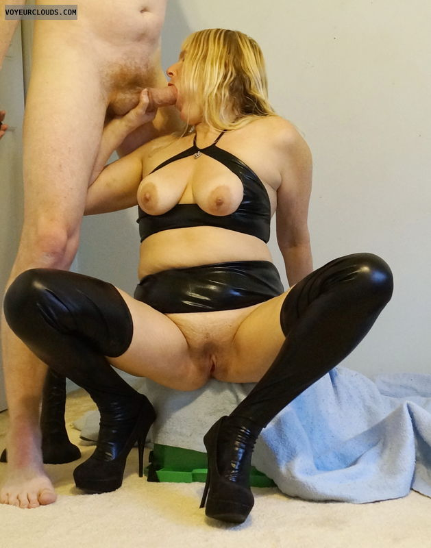 tits, puss, sucking cock, outfit, heels, blowjob, bj