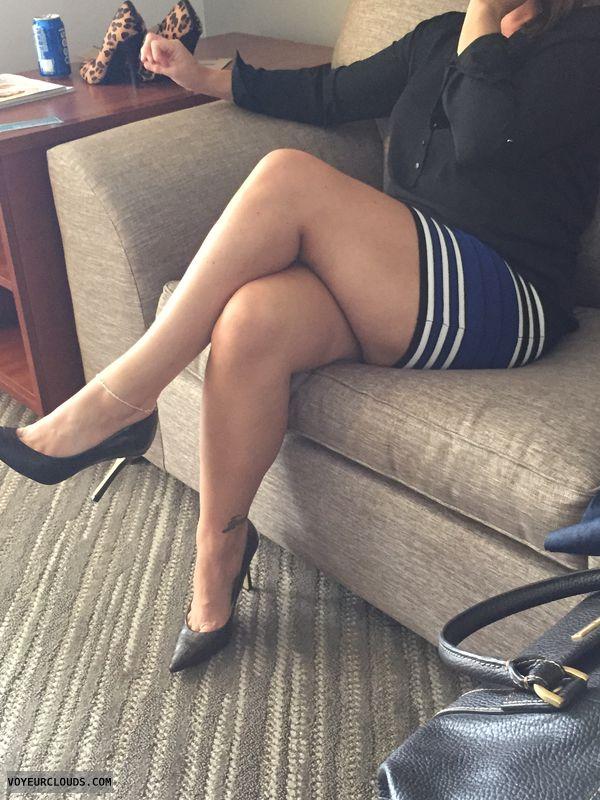 Milf, sexy legs, sexy Milf legs, hotel, sexy heels