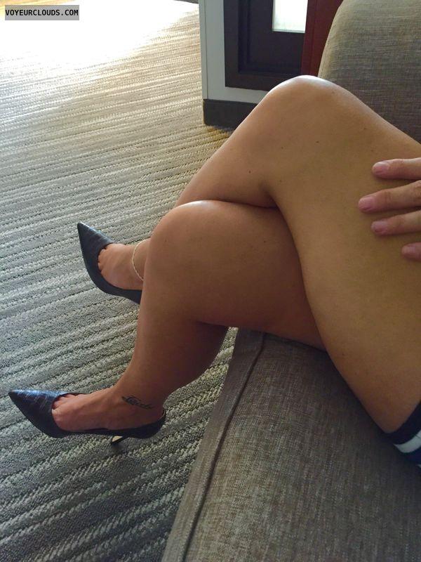 Selfie, High heels, Milf, Milf legs, Sexy legs, Hotel