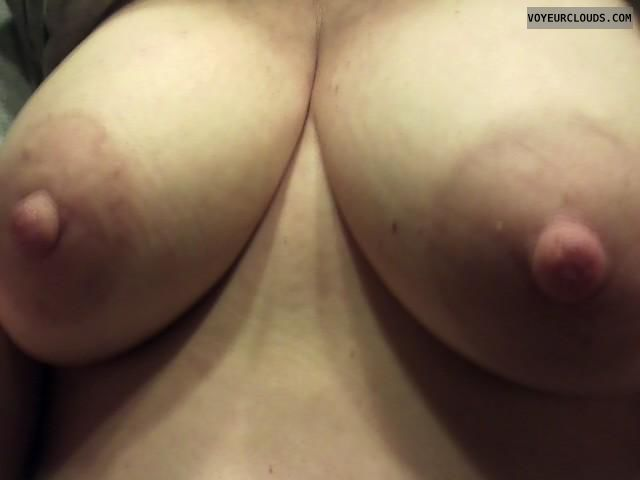 hard nipples, pink nipples, topless, big boobs, selfie