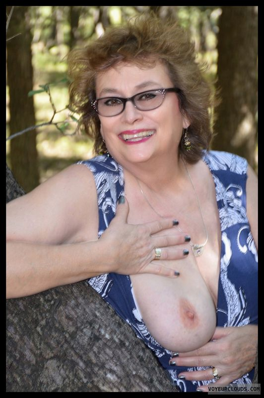 Big tits, milf, sexy smile, outdoors, exhibitionist