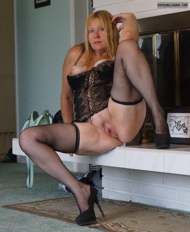 pussy, legs open, stockings, heels, corrset, tits