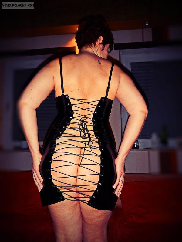 slut, pvc, wife, ass, redhead, bootylicious