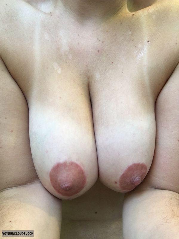 Large tits, large natural tits, large breasts, large natural breasts