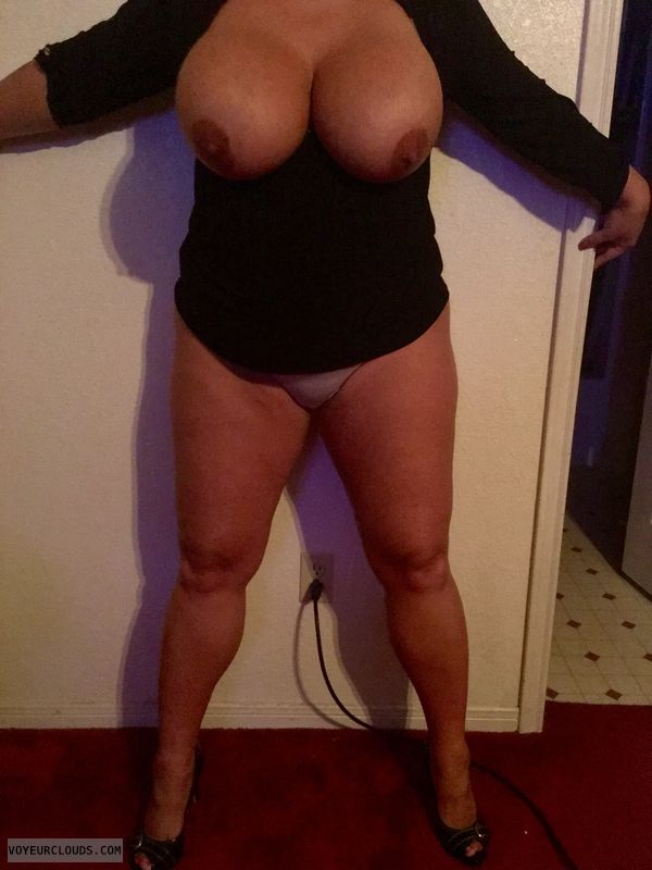Big Tits, high heels, sexy milf, tits out, sexy legs