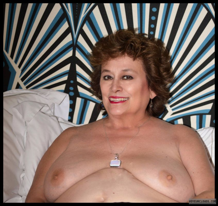 Big tits, milf, sexy smile, hotel, bed