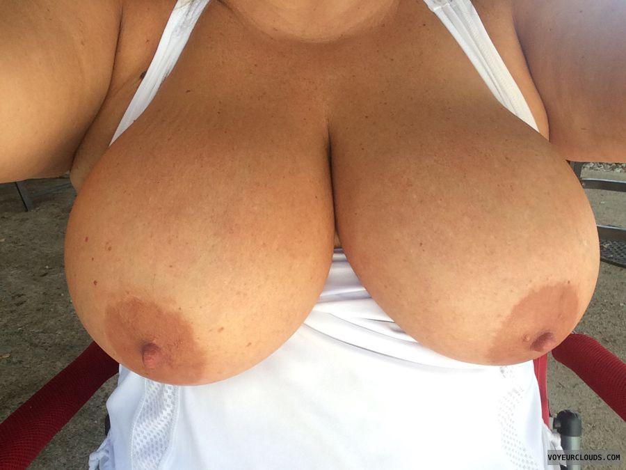 Hard nipples, huge tits, Sexy wife, sexy MILF, bjg nipples