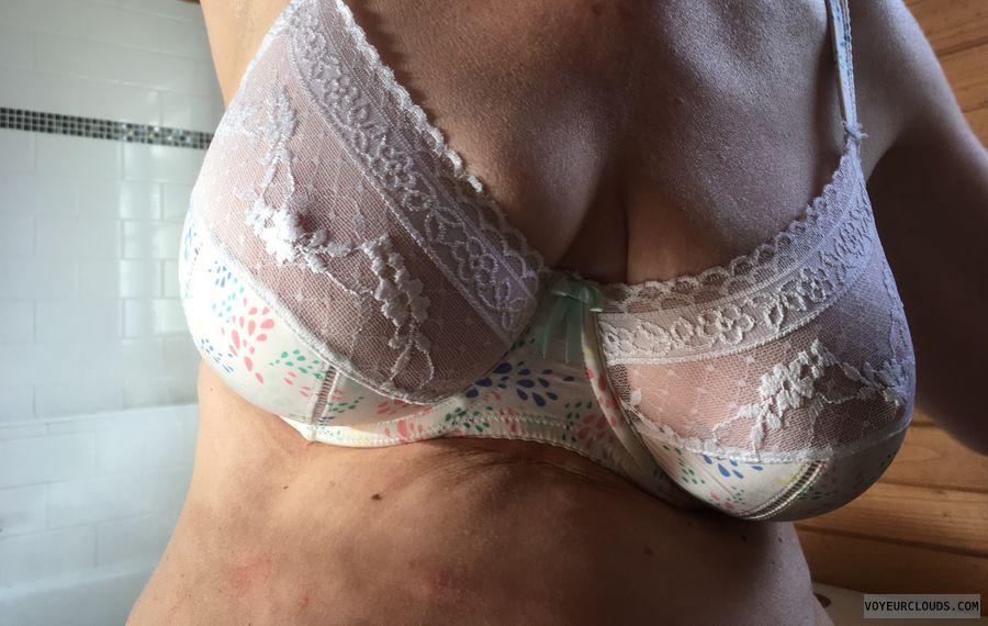 New bra, pockies, milf, DD\'\'s