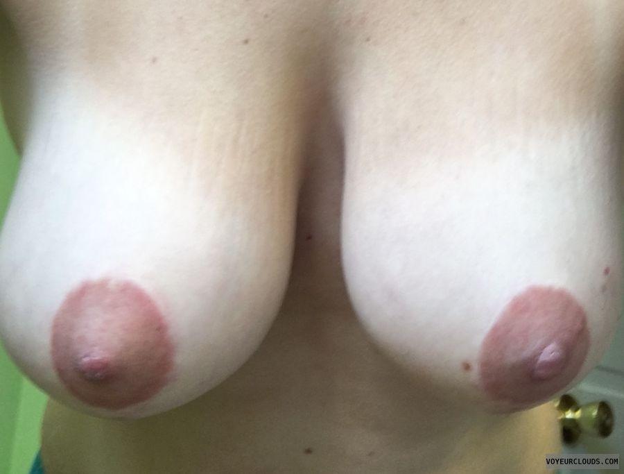 Wifes tits, Wifes big tits, natural tits, big natural tits