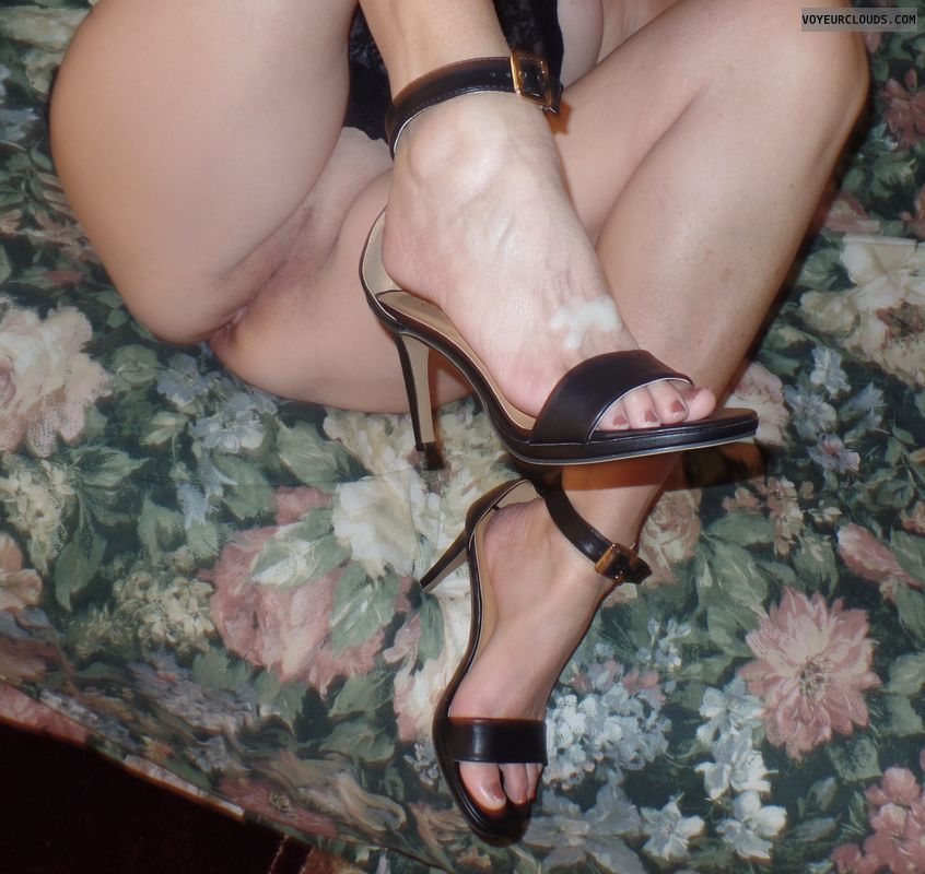 senior, mature, high heels, legs, toes, cum, licking toes