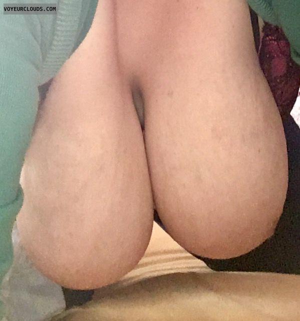 hangers, big boobs, big tits