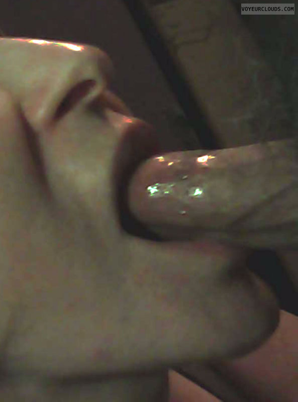 She always get\'s the fuzzy end of the lollipop, Blowjob