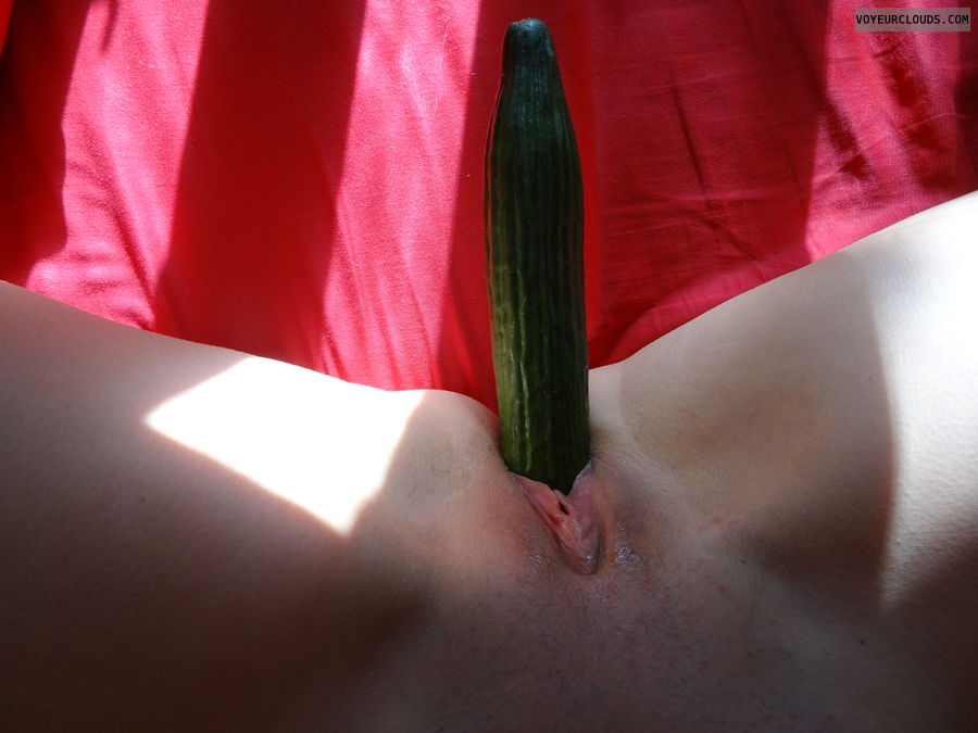 Cucumber in pussy, Cucumber insertion, shaved pussy
