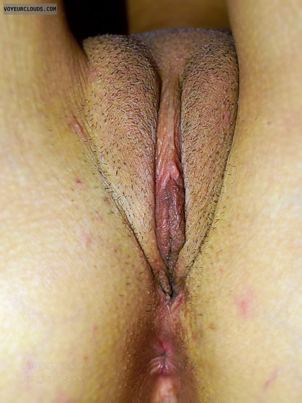 pussy closeup, hairy cunt, anus, clit, pussylips, mound of venus