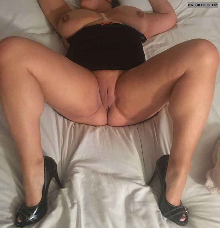 Open pussy, spread pussy, long legs, big tits, high heels